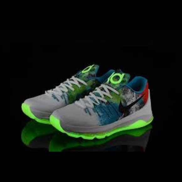946d1a1e63b4 Men s Nike KD N7 -glow in the dark! M 5a4a7caf85e6057d3404c9b7